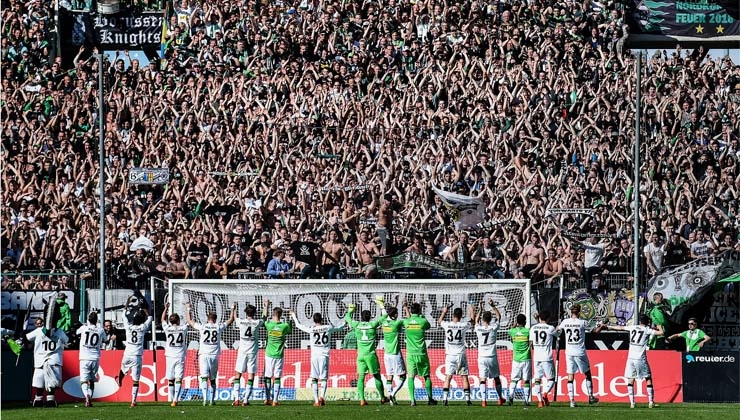 Rekord: Bundesliga steigert Zahl der Stadionbesucher