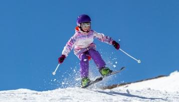 Sportfachhändler präsentiert Kinderski-Tauschsystem