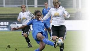 Frauen werden fitter durch Fußball