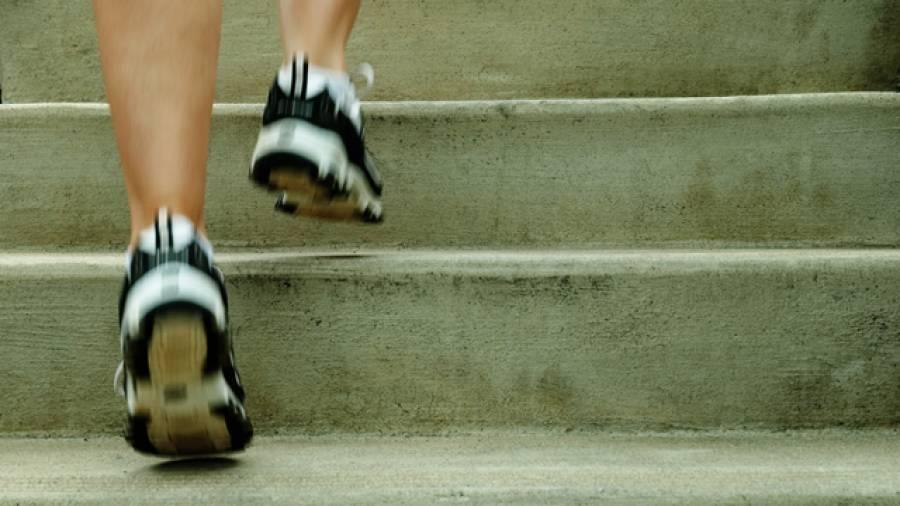Mit Treppenläufen Kraft und Ausdauer trainieren