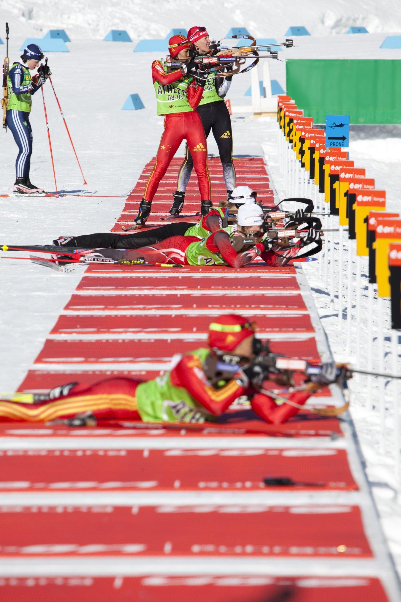Damen-Einzel im Biathlon über 15 Kilometer: Gold für Tora Berger