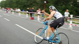 Sporthelden: Iron Maik – Triathlon mit Damenrad