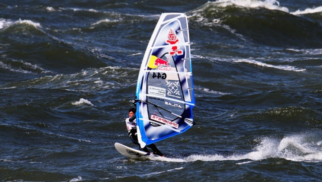 """Windsurfer Philip Köster im Interview: """"Ich versuche Spaß zu haben"""""""