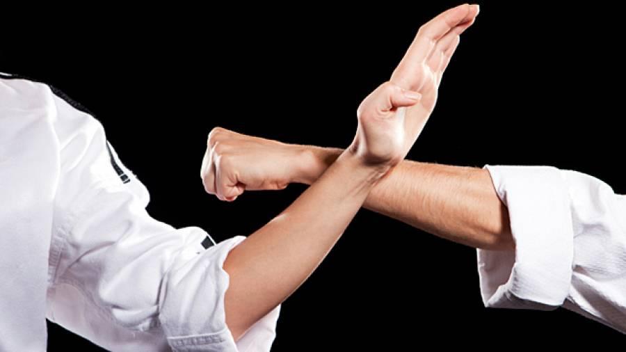 Sportverletzung Kapselriss – Dr. Sport erklärt die richtige Behandlung