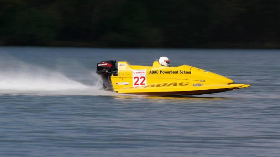 Wie Vettel übers Wasser – Einmal Powerboat fahren