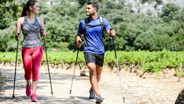 Nordic Walking: Fit mit zwei Stöcken