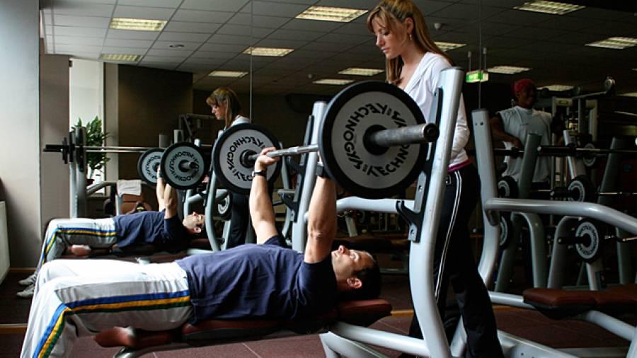 Krafttraining - 10 typische Fehler im Fitnessstudio