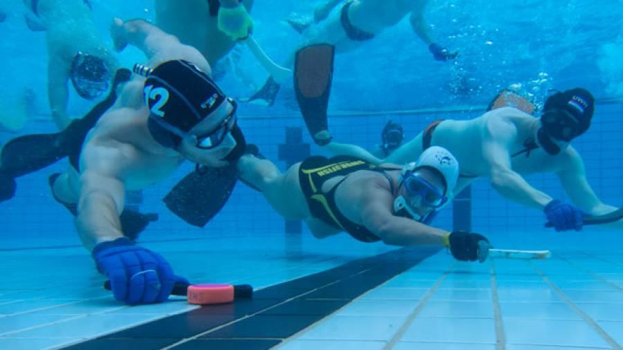 Tauchen, Taktik, Teamgeist – das ist Unterwasserhockey