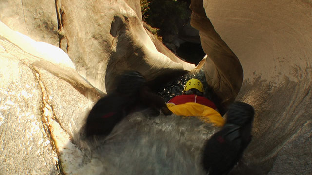 Filmbesprechung: Extreme Canyoning 3D