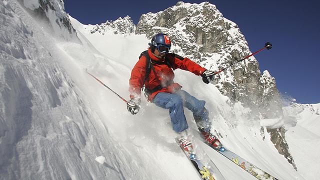 Alpine Skifahrer mit Atemwegsproblemen