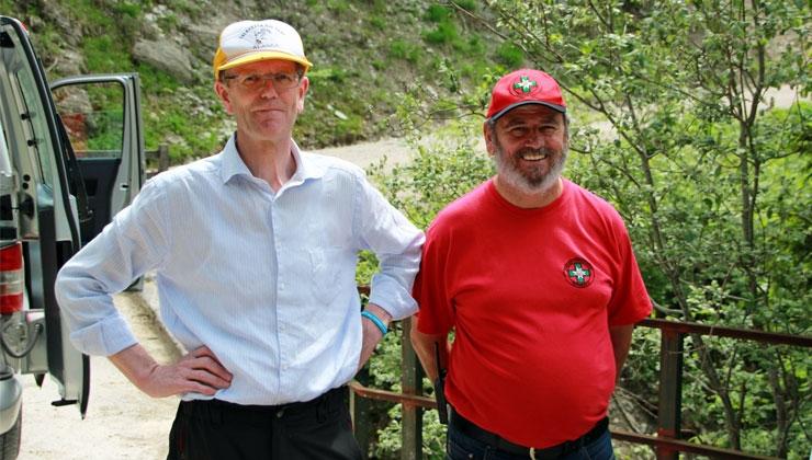 Josef Pockstaller (links) und Walter Bader (rechts) von der Bergrettung Achenkirch