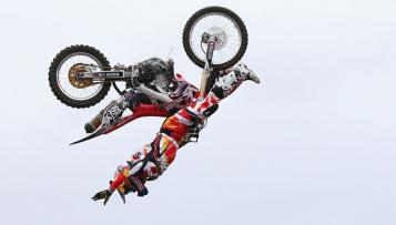 Josh Sheehan gelingt erster Dreifach-Rückwärtssalto in der Geschichte des Motocross