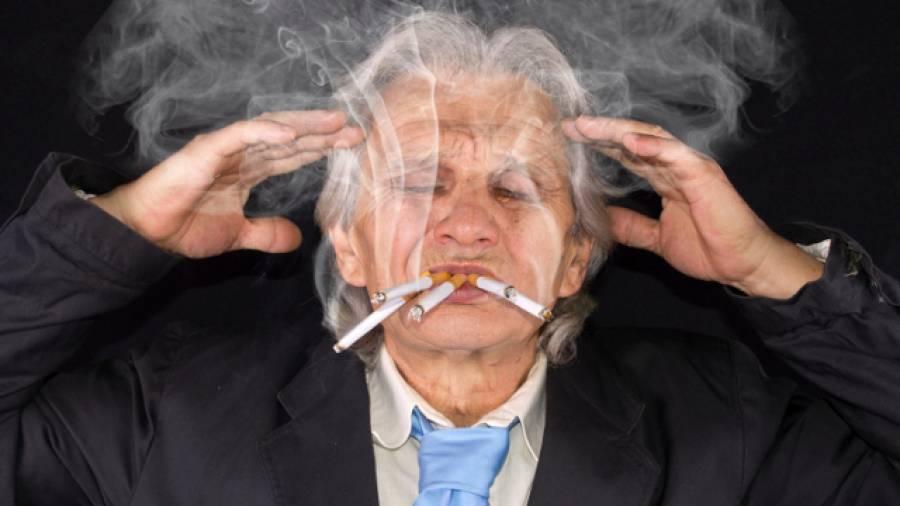 Taub Durch Qualm Rauchen Macht Das Geh 246 R Kaputt