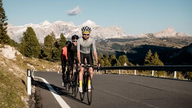Auf zwei Rädern durch die Dolomiten