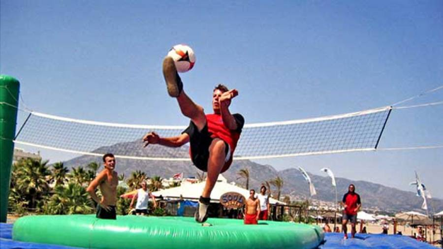 Bossaball – Mannschafts-Funsport mit Trampolin und Netz