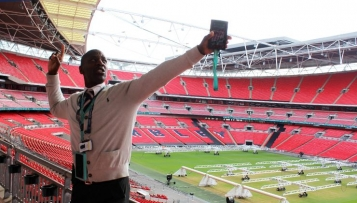 Stadion-Tour: Direkt ins Herz des Wembley Stadions