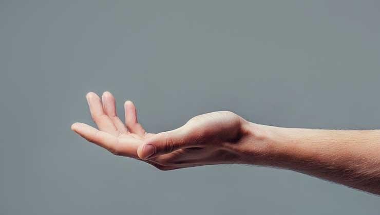Ist es schädlich, mit den Fingern zu knacken?