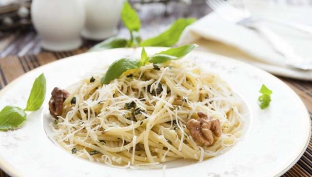 Rezept der Woche – Spaghetti mit Walnuss-Pesto