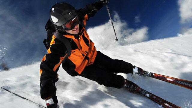 So behalten Ski im Sommer ihre Form