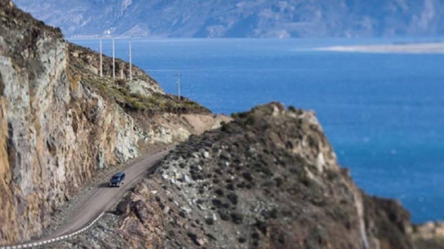 Auf unentdeckten Straßen – Cerro Castillo Mountain