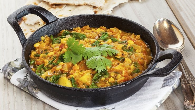Vegetarisch – Linsen-Curry mit Minz-Joghurt Dip