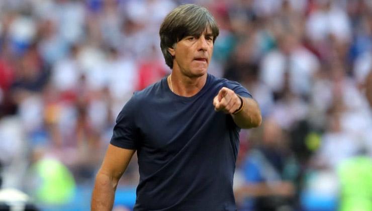 Joachim Löw setzt Tätigkeit als Bundestrainer fort