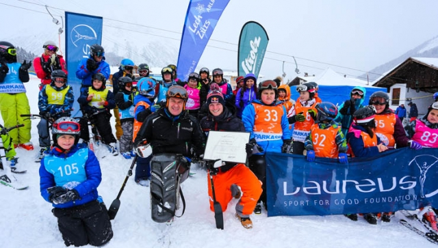 Thomas Morgenstern besucht Laureus Kinderskitag