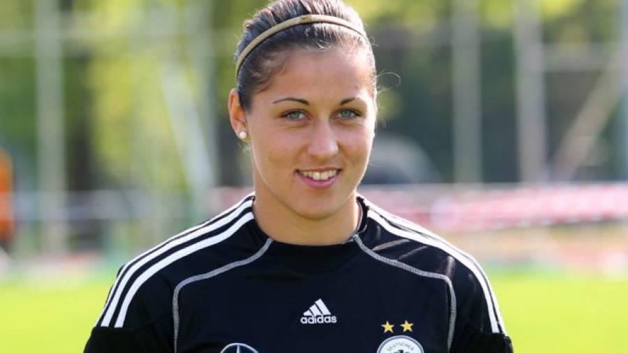 Frauen-WM 2011 – Torhüterin Lisa Weiß im Interview