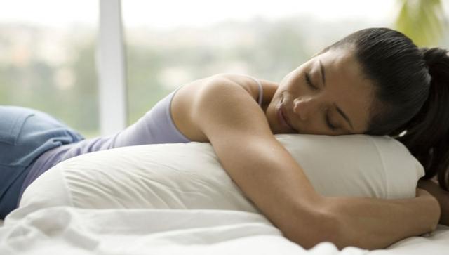 Auch bei Hitze gut schlafen – Schlaftipps für heiße Sommernächte