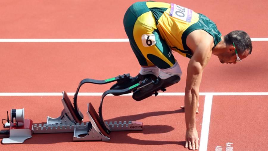 Geschichte der Sportprothese – Vom schlichten Hilfs- zum Dopingmittel?