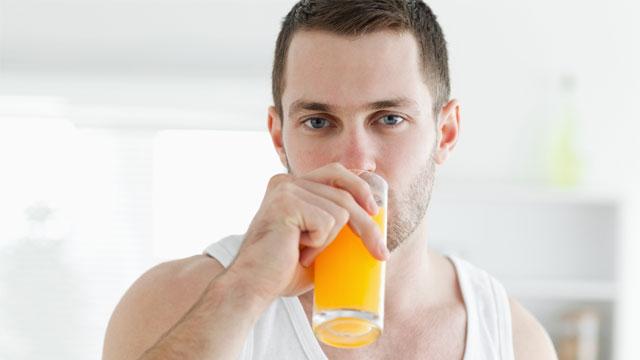 Sportdrink selbstgemacht: Ingwer-Papaya Erholungsdrink