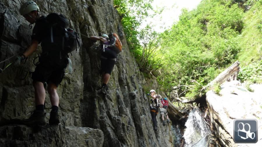 Vaude Klettersteig : Ronggwasserfall vaude schmugglersteig röbischlucht klettersteig
