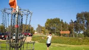 """Disc Golf – Mit dem Frisbee durch 18 """"Löcher"""""""