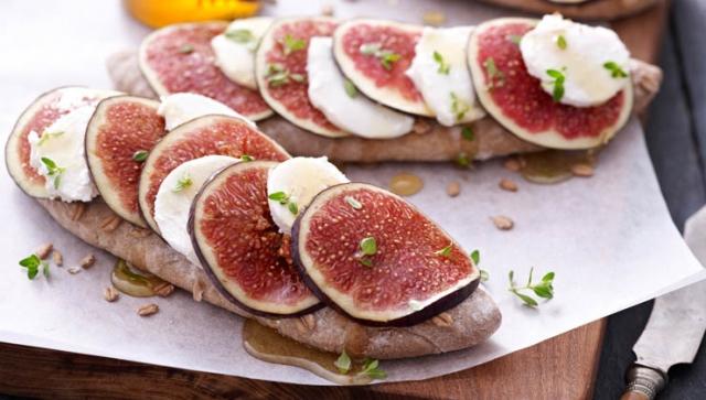 Mediterranes Rezept: Feigen-Senf Brot