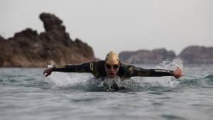 Safety first - Tipps zum Freiwasserschwimmen im Meer