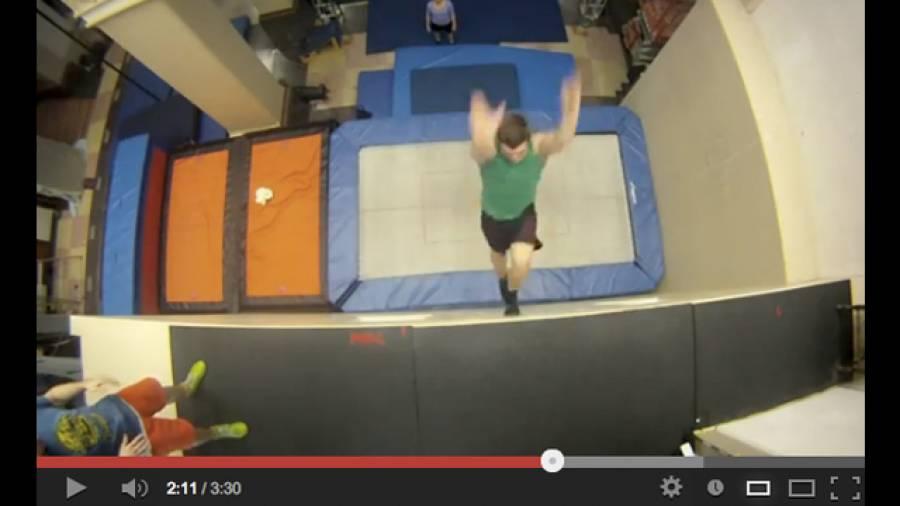 Lauf die Wand hoch – Neue Extremsportart Trampolin Wall