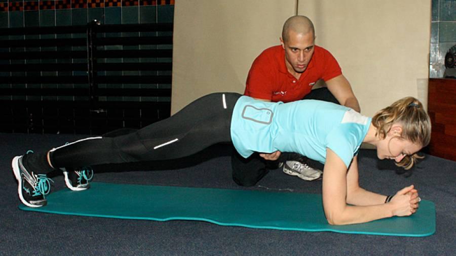 Den Rücken Entlasten Welche Bauchübungen Wirklich Helfen