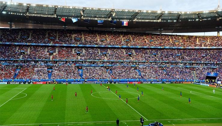 Fußball: Raumkontrolle ist wichtiger Leistungsfaktor