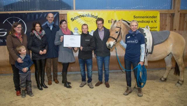Aufsteigen! - Fabian Hambüchen besucht soziales Sportprojekt
