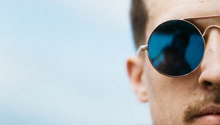 Farbig, geometrisch, gemustert: Sonnenbrillen-Trends 2020
