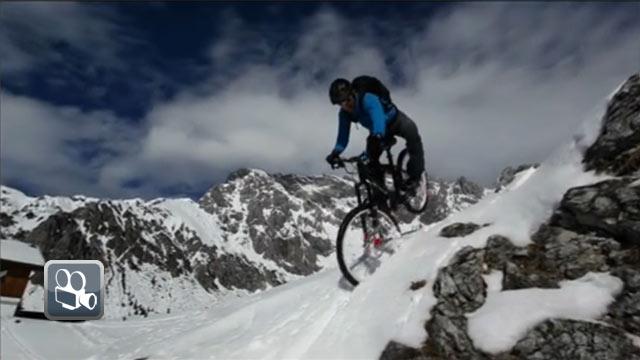 Schneegestöber mal anders  - mit dem Bike auf der Piste