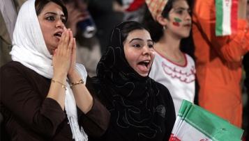Iranisches Sportministerium will Stadionverbot für Frauen aufheben