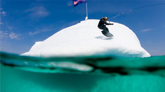 Der Red Bull Wakeberg - Wakeboarden auf Eis