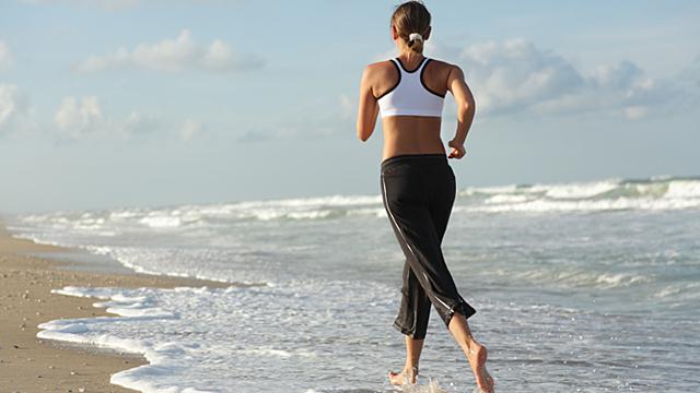 Gesunde Füße - Barfußlaufen oder Einlagen