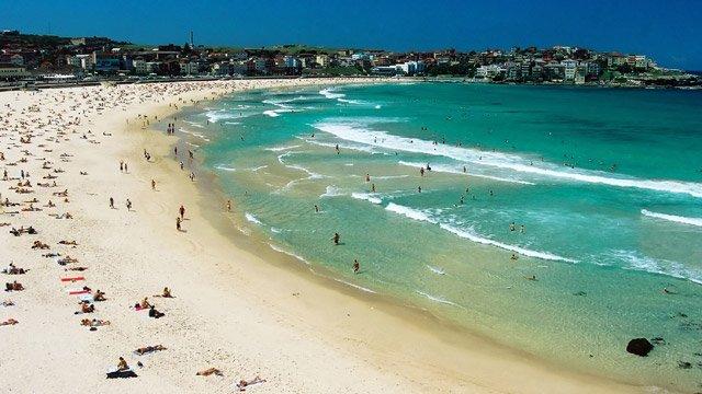 Surfen am Bondi Beach in Sydney