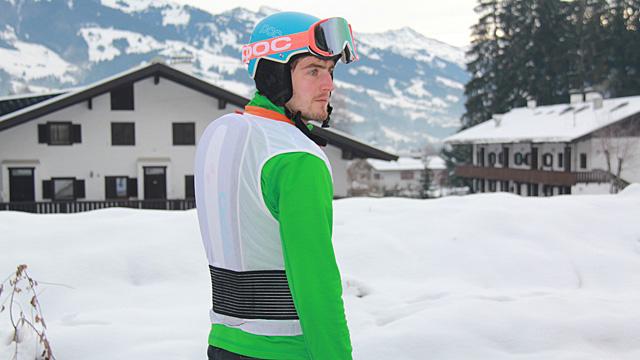 Harte Schale oder weicher Kern – Rückenprotektoren beim Wintersport