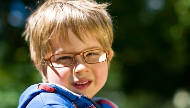 Schulsport: Weniger Verletzungen mit der richtigen Brille