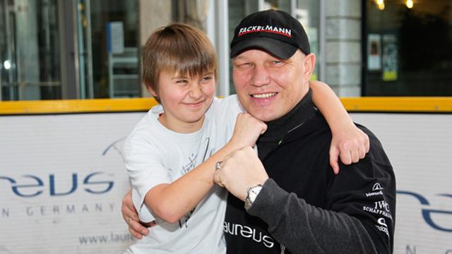 Grillen mit Laureus Botschafter Axel Schulz