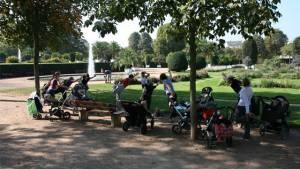 """""""Fit mit Kinderwagen"""" – Ja, zu Sport mit Kind und Kegel"""