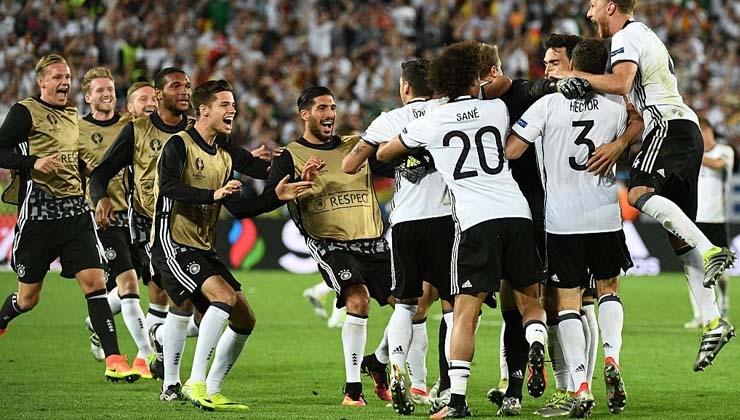 Fußball macht Menschen glücklich! Aber nicht lange...